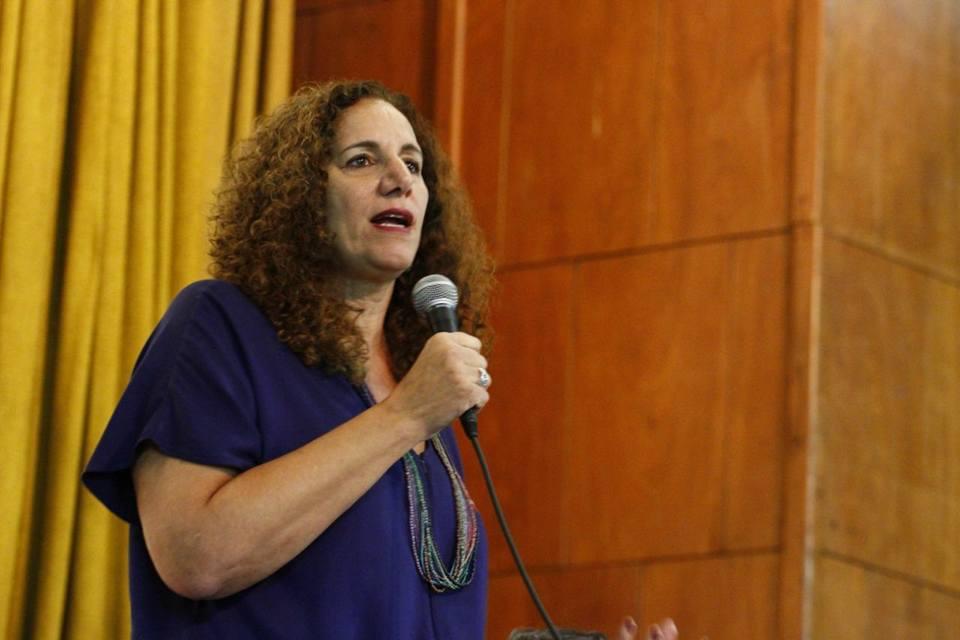 Jandira Feghali: Mulheres vão derrotar o fascismo nas urnas